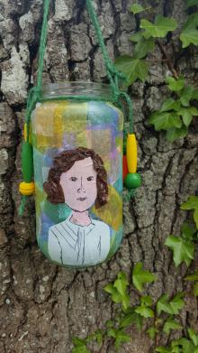 Discovery Day: Portrait Lanterns with artist Liza Morgan